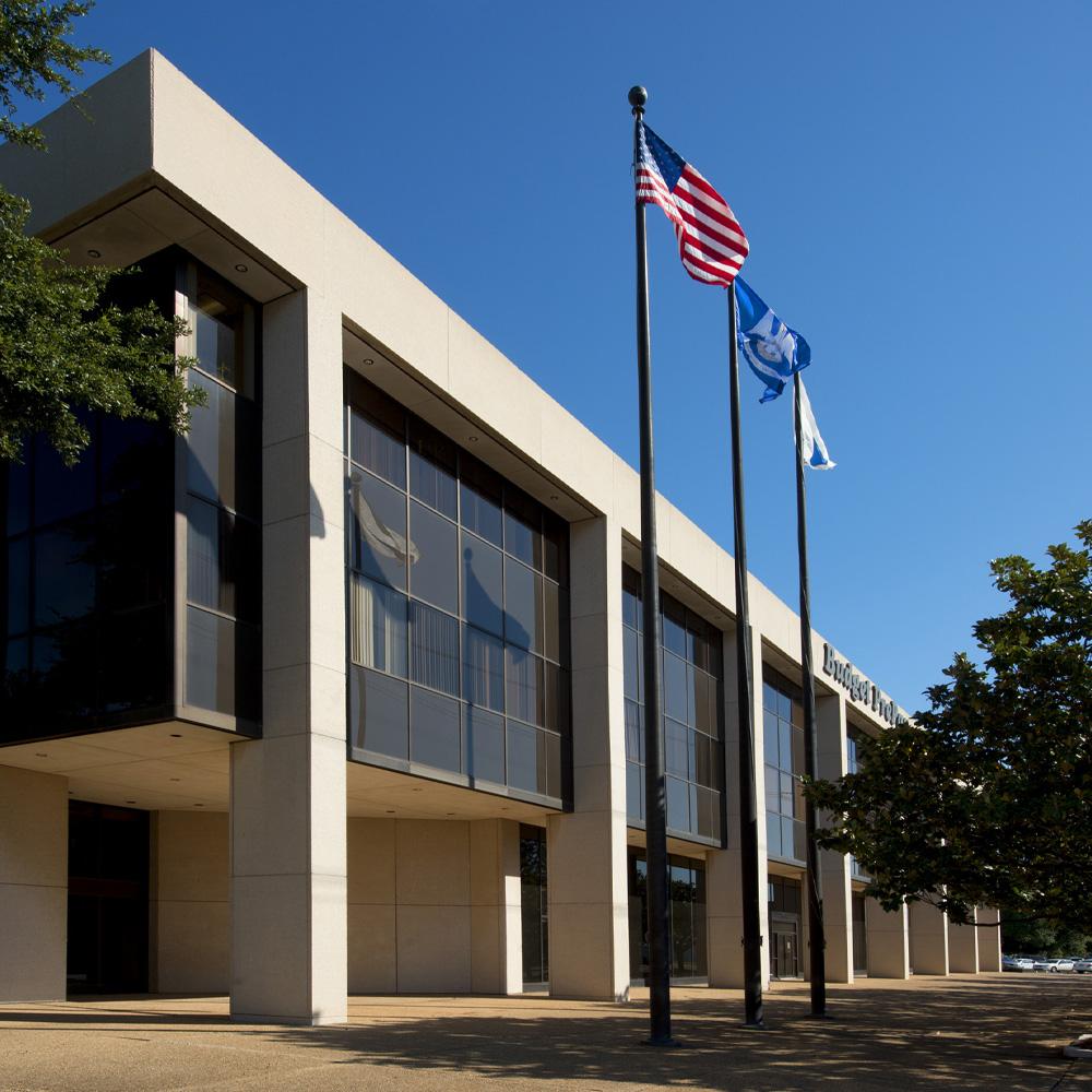 Budget Phone Call Center Building