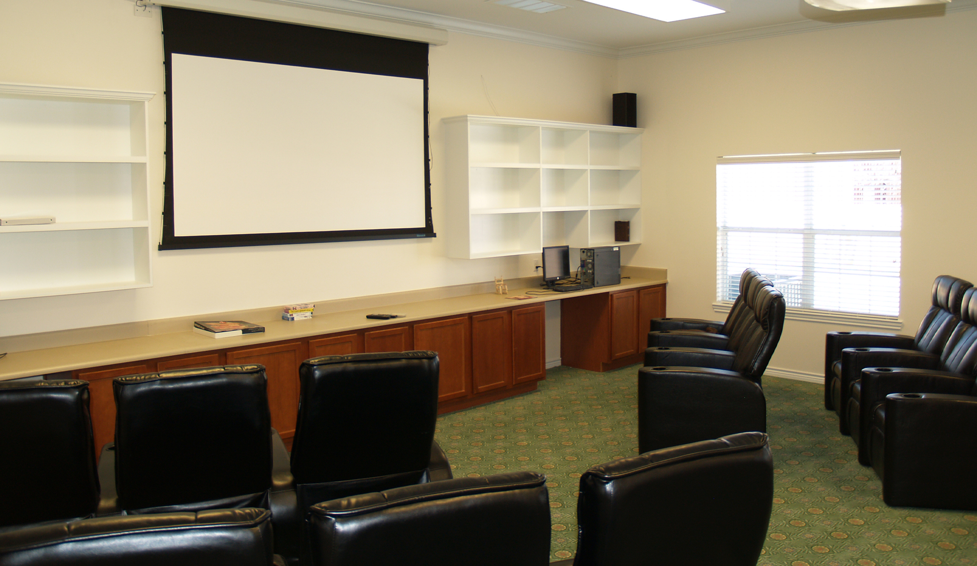 Montclair Park Assisted Living Meeting Room