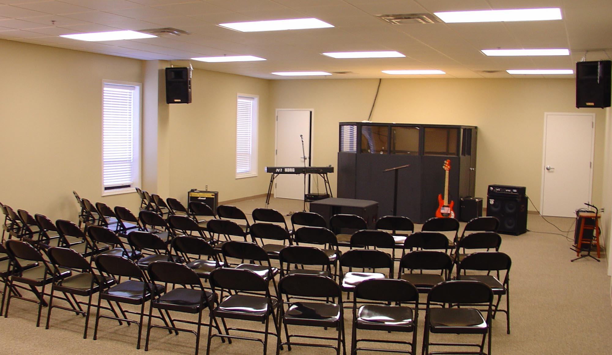 Calvary Baptist Church music room